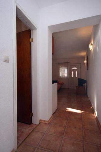Apartment Podaca 6050b
