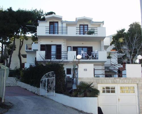 Apartment Slatine 460c, Trogir
