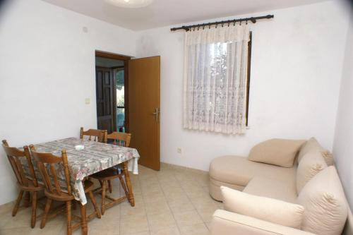 Apartment Lumbarda 4375b
