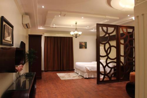 Ahla Awqati 2, Dżudda
