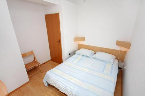 Apartment Lokva Rogoznica 4820b