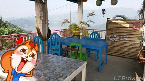 Robins nest hotel & restaurant, Deorāli