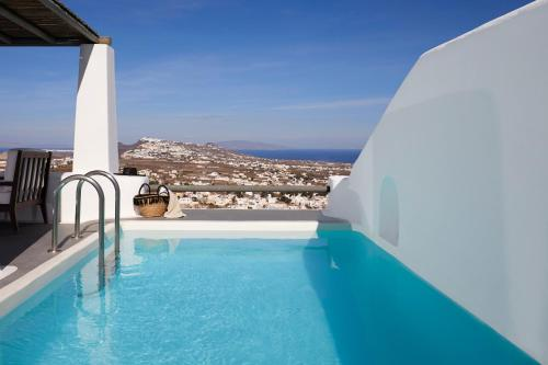Astra Suite with Private Heated Pool & Panoramic Island View