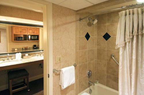 Eden Resort & Suites - Best Western Premier Collection in Lancaster ...