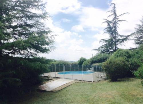 Bordeaux Countryside Mountain Villa with big Pool