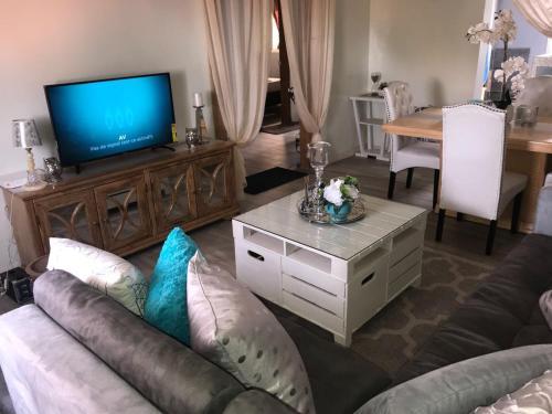 City Apartment (zoneb), Dakar