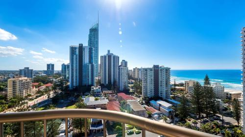 Aristocrat Luxury Gold Coast Apartments