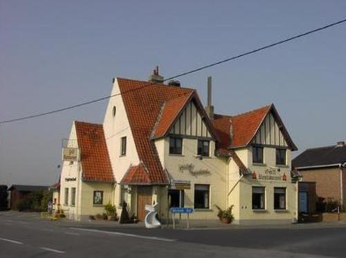 't Pajottenland front view