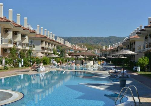 اكتشف Sunset Beach Club Calis Beach 2 Bedroom Apartments