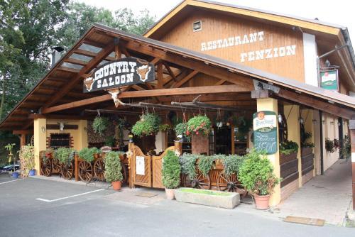 Steak Restaurant Penzion Country Saloon