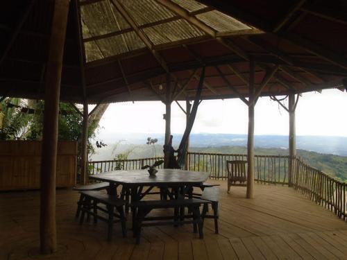 Casa Vista (Amazing house in a Permaculture Farm), Tapantí