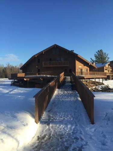 Ski and Tee Penthouse - Schuss Mountain Shanty Creek Resort