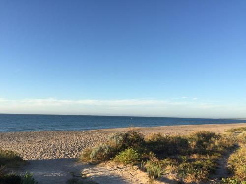 COSY HOME NEAR THE BEACH