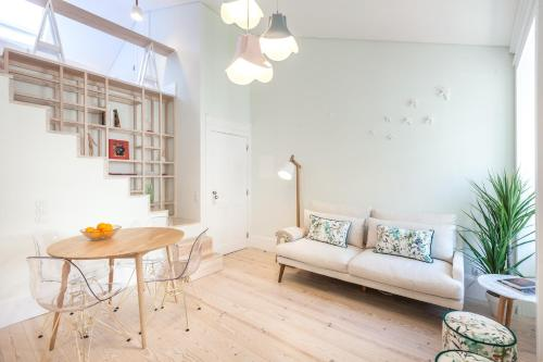 A + B Almedina: Amazing Duplex Apartment.  Foto 1