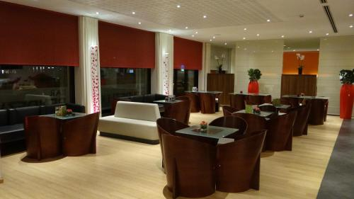ibis Antwerpen Centrum photo 4