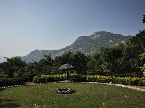 Roopark Village