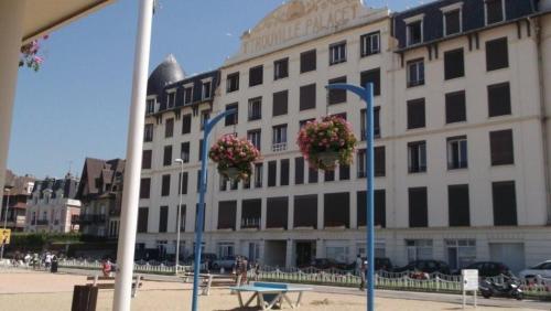 Отель Studio Trouville Palace 0 звёзд Франция