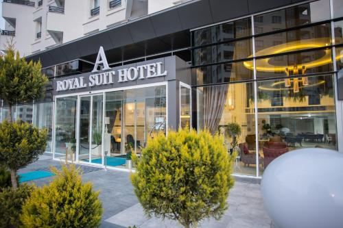 HotelAroyal Suites Hotel