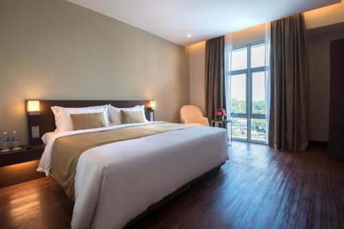 Deluxe Room Astana Wing - City View (New Wing)