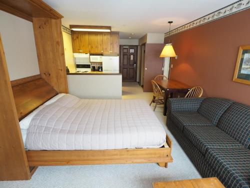 Apex Mountain Inn Suite 211-212 Condo, Apex Mountain