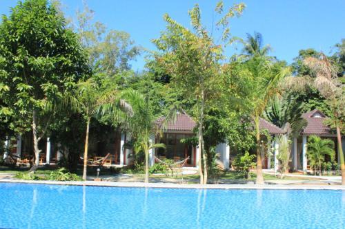HotelHoa Nhat Lan Bungalow