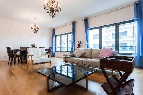 Lisbon Golf luxury 2 bedroom apartment