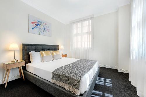 Ultiqa Rothbury Hotel Brisbane
