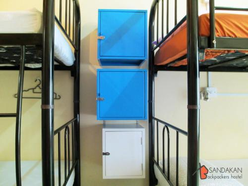 bed in 6-bed female dormitory room (Bed in 6-Bed Female Dormitory Room)