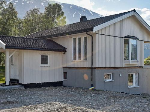 Two-Bedroom Holiday home in Höviksnäs 1