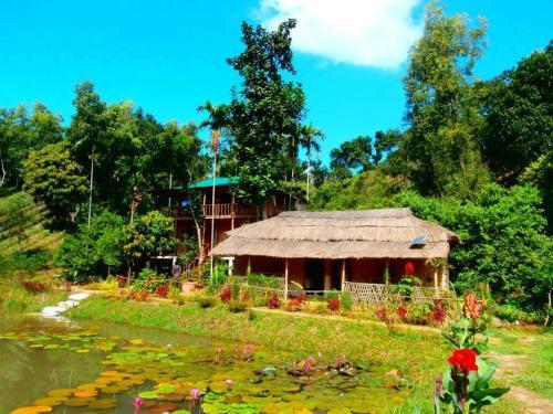 Shanti Bari (শান্তিবাড়ী) Resort