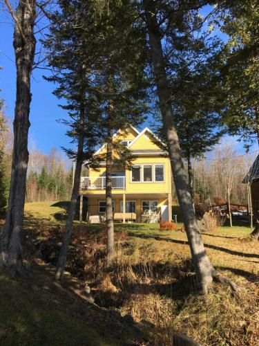 Wallace Lake Cottage