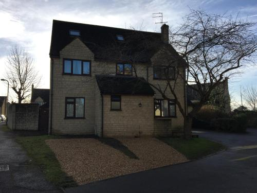 Guest House Customer Reviews Newland Mill 58 Map 10 Kms From Charlbury City Center