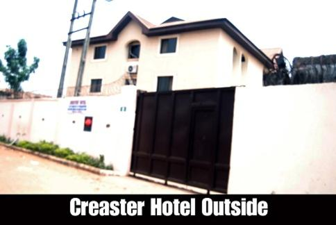 Crester Hotel