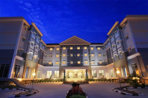 Отель Swiss-Belinn Pangkalan Bun 3 звезды Индонезия