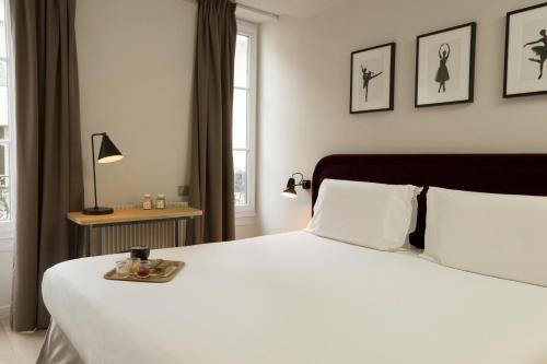 Hotel monsieur helder 9th arrondissement op ra paris for Boutique hotel 9th arrondissement