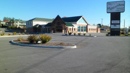 The Highlander Lodge Danville
