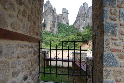 Junior Suite with Panoramic Meteora View