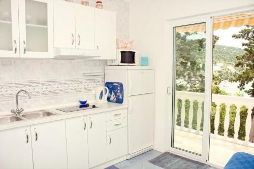 Apartment Zivogosce - Porat 2733c