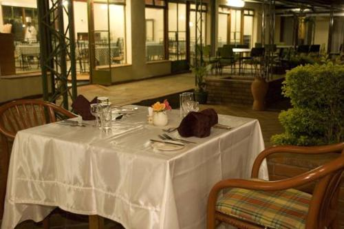 Restaurant Jumuia Conference and Country Home