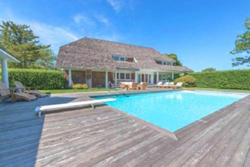 Villa Victoria - Cozy Hamptons Villa