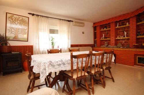 Apartment Ugljan 8479a