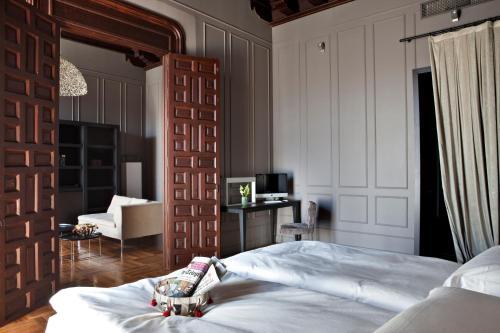 Suite Hotel Palacio De Villapanés 2