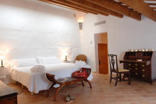 Double or Twin Room Alcaufar Vell Hotel Rural & Restaurant 6