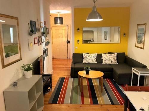 Spacious flat in Pink Street - Heart of Lisbon