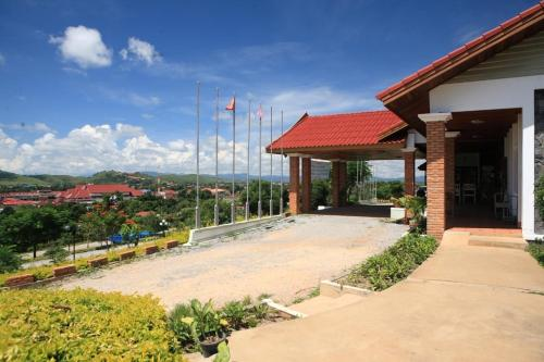 Отель Vansana Plain Of Jars Hotel 3 звезды Лаос