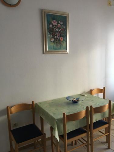 Apartment Varos Tribunj