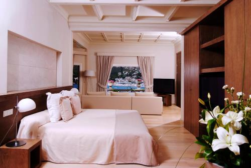 Royal Suite Sea View Hotel Villa Italia 2