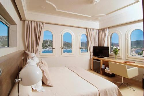 Superior Double Room with Sea View Hotel Villa Italia 1