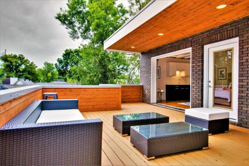 1825B · New Modern 5BR/3.5BA Home w/ Roof Deck& Ping Pong