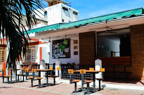 Luck Hostel Bar, Santa Marta